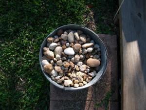 Bucket_of_stones-1024x768