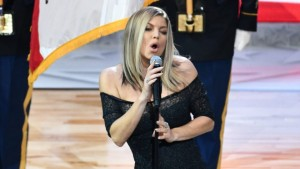 Fergie delivers a surprising Star Spangled Banner.